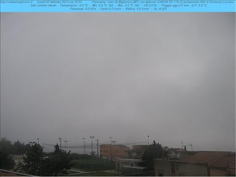 """In diretta una panoramica su Com'è il tempo a Miglionico.  Webcam sulla struttura sportiva del """"Michelangelo Ditrinco"""" di MIGLIONICO (MT) by www.METEOMIGLIONICO.it"""